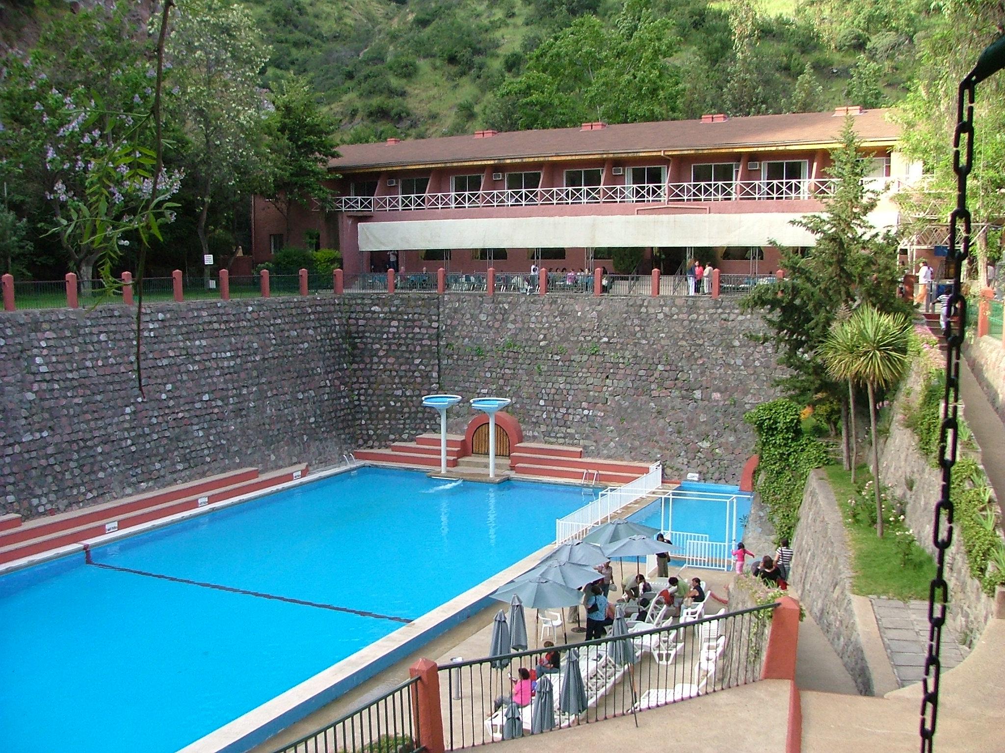 Hotel militar termas de colina guiature gu a centros for Construccion de piscinas precios chile
